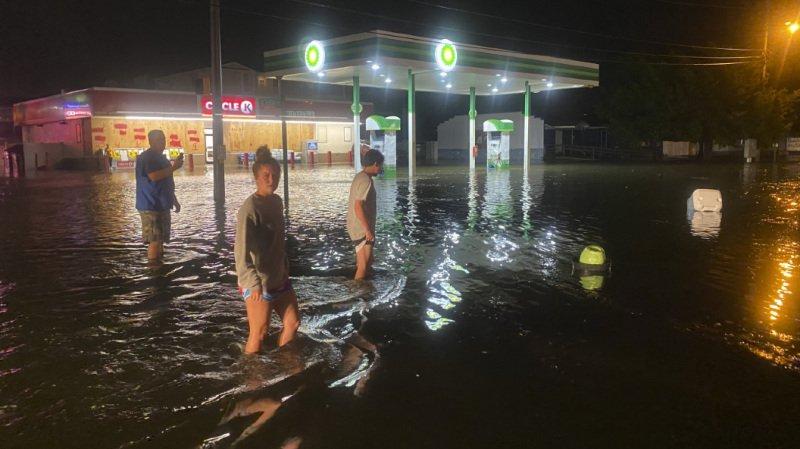 Etats-Unis: l'ouragan Isaias s'abat sur la Caroline du Nord