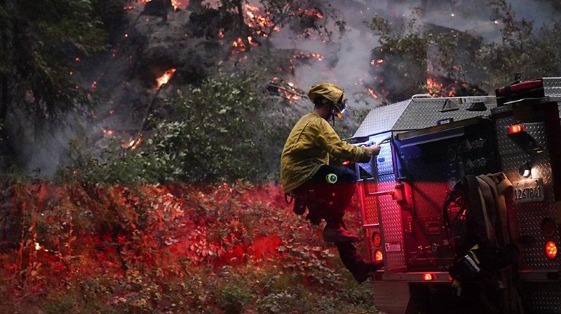 Les pompiers de Californie ont reçu, ces dernières heures, le renfort d'hommes et de matériel venus de plusieurs Etats américains.