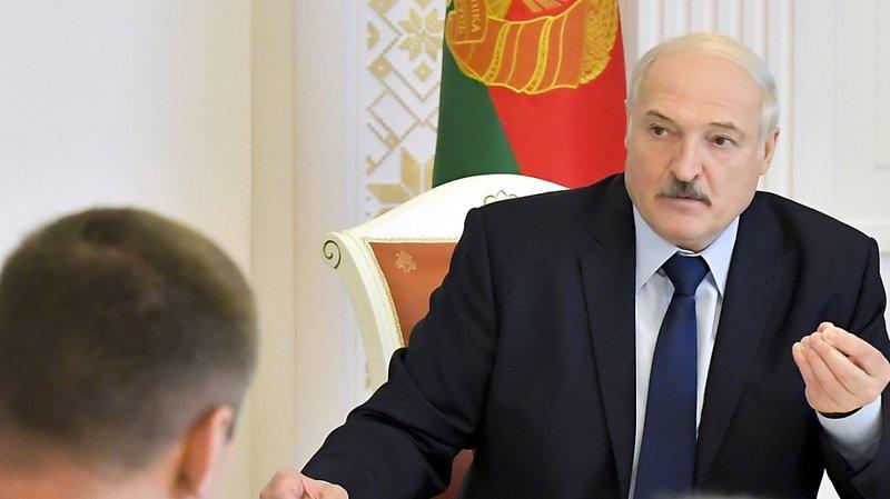 Bélarus: la contestation s'étend contre Loukachenko, l'Union européenne appelle à des sanctions