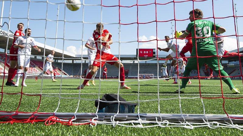 Football: Xamax se rapproche de la relégation après sa défaite 3-0 à Thoune