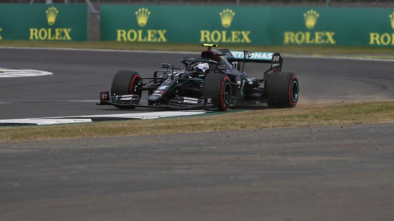 Valtteri Bottas a placé sa Mercedes en pole à Silverstone.