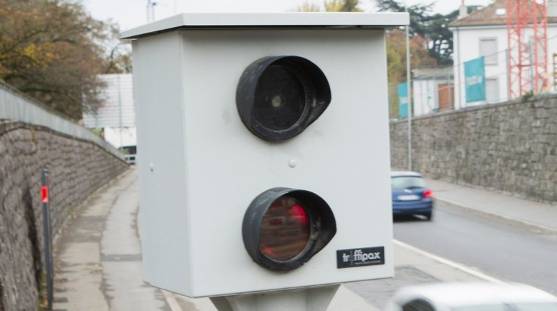 Lausanne: automobiliste flashé à 104km/h au lieu de 50km/h