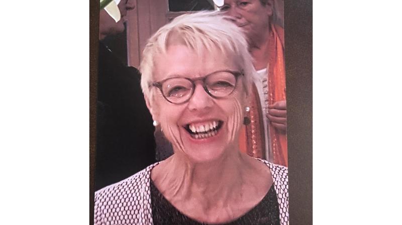 Le sourire de Martine Liaudat s'est éteint avant l'entrée en scène des siens