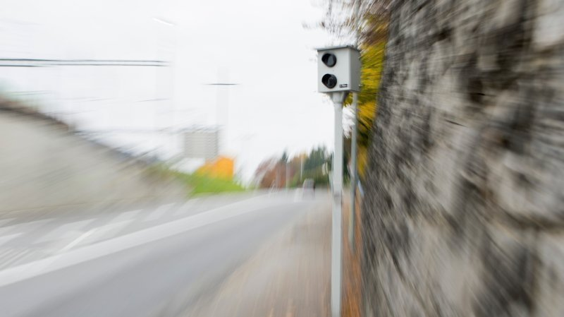 Argovie: un automobiliste flashé à 193 km/h au lieu de 80 km/h