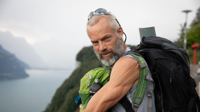 Défi Parkinson: Yves Auberson traverse le berceau de la Suisse