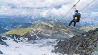 Valais: percuté par un drone en pleine descente en tyrolienne au-dessus de Verbier