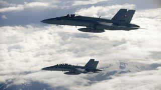 Votations fédérales: la campagne contre les avions de combat est lancée