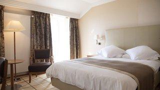 Tourisme: dégringolade «historique» des nuitées hôtelières au 1er semestre