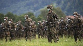 Obligation de servir: chère, l'exemption militaire