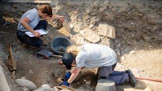 Des tombes anciennes découvertes sur un chantier de Vich