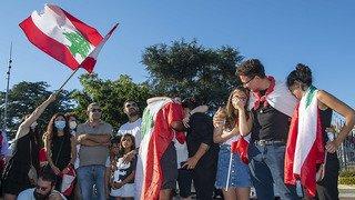 Genève: près de 100 personnes pleurent les victimes des explosions de Beyrouth