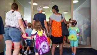 L'enclassement, ce casse-tête pour les écoles et les parents