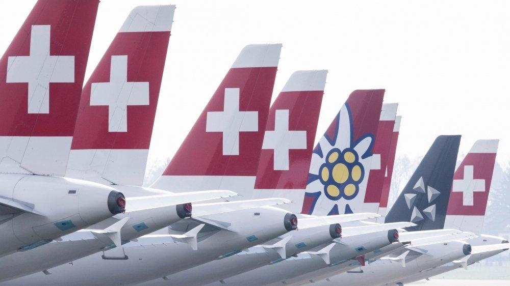 Pour certains observateurs, les compagnies compteraient même sur les annulations de vol pour remplir les caisses en cette période de crise.