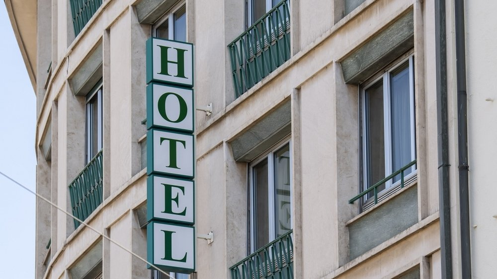 Le secteur du tourisme notamment recevra des aides financières après l'accord entre parlementaire sur la loi Covid-19.