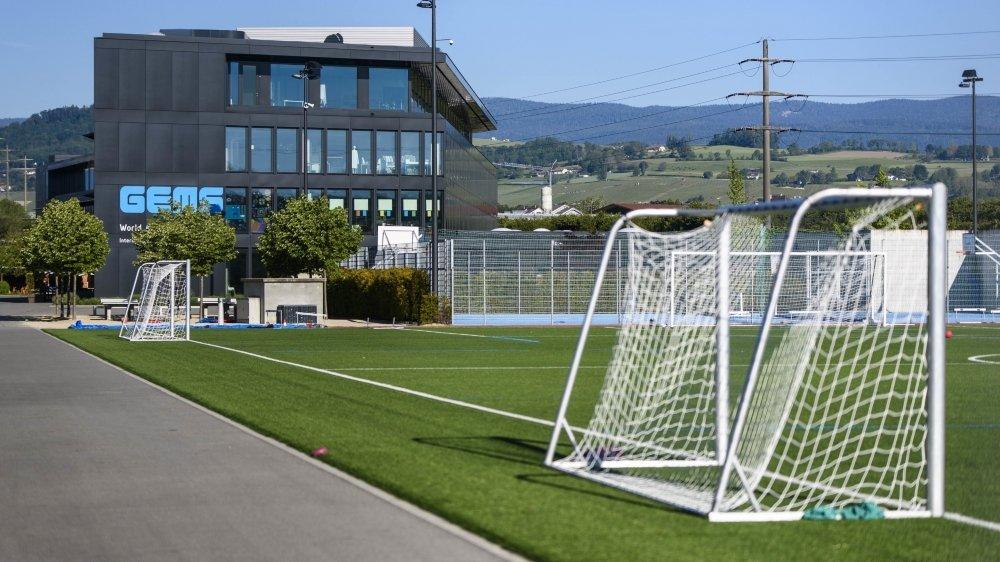 Les installations sportives de l'ex-école privée vont pouvoir être utilisées prochainement, une bonne nouvelle pour les sociétés de la région.