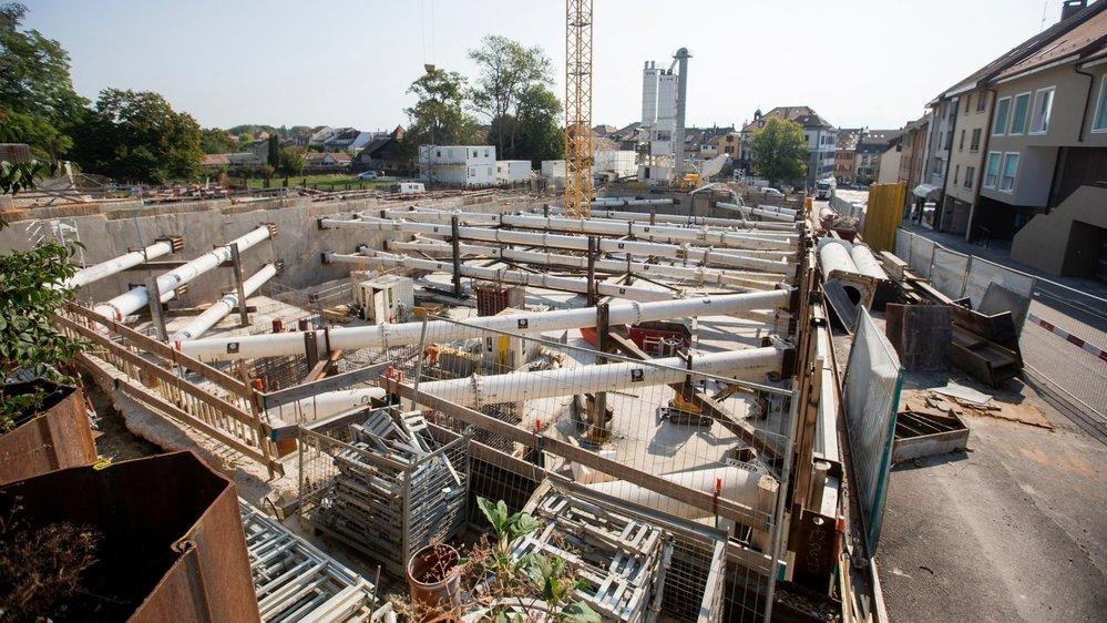 Le chantier à la rue du Temple est l'un des plus importants de la ville.