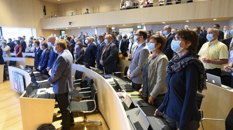Les députés vaudois doivent siéger en portant un masque.