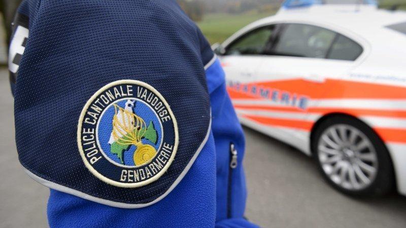 Cossonay: un motard de 18 ans perd la vie après avoir percuté un bus