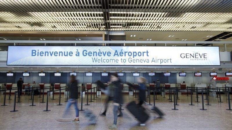 Chaque jour, 17 000 passagers transitent entre les terminaux et la gare de Genève aéroport.