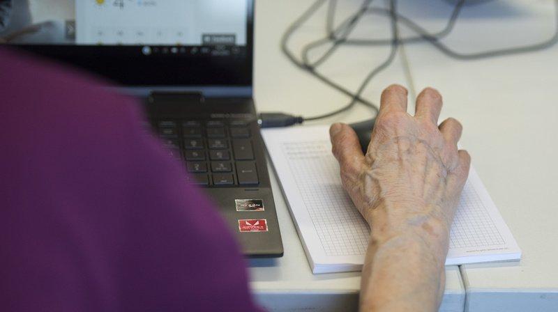 Internet: les trois quarts des seniors sont désormais en ligne