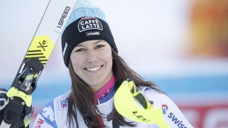 Ski alpin: Wendy Holdener se blesse, sa participation à Sölden compromise