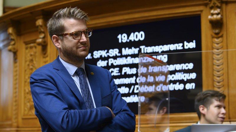"""Le National s'est penché à son tour sur un contre-projet à l'initiative """"pour plus de transparence dans le financement de la vie politique""""."""