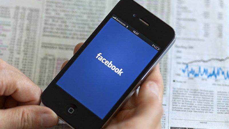 Australie: Facebook menace d'empêcher le partage d'articles