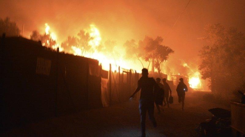 Incendie du camp de migrants à Lesbos: l'UE finance le transfert de 400 mineurs