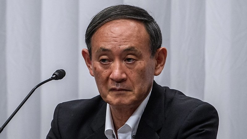 """Le prochain chef du gouvernement devra relever une série de défis particulièrement difficiles et complexes. Le Japon était déjà en récession avant la pandémie de coronavirus et de nombreux acquis de la politique économique du Premier ministre sortant, appelée """"Abenomics"""", sont maintenant en danger."""