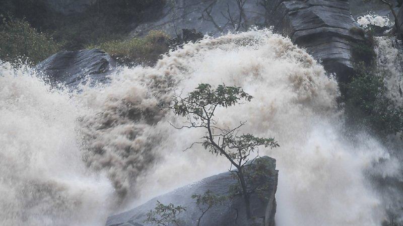 Les eaux ont été tumultueuses au Tessin ce week-end.