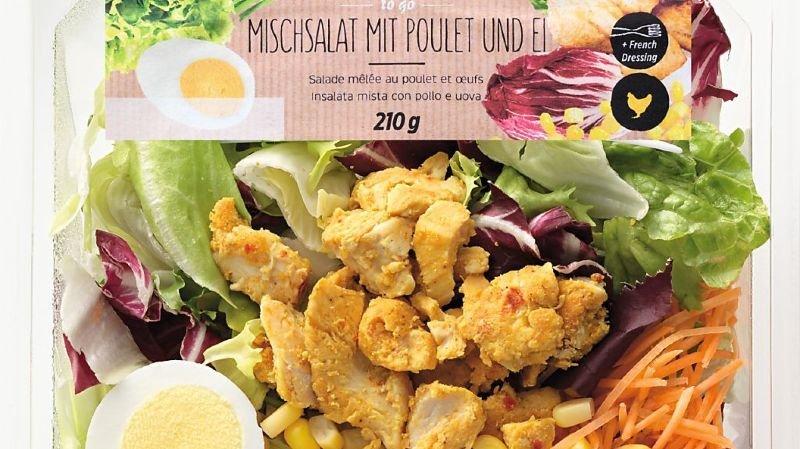 Consommation: Denner rappelle la salade mêlée au poulet et aux œufs Mmmh