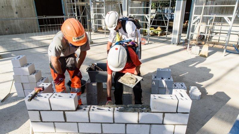 Des élèves morgiens découvrent les métiers de la construction