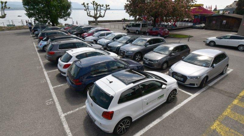 Les automobilistes ne payeront pas plus cher leur stationnement.