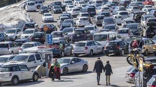 Automobile: les ventes de voitures neuves baissent pour le huitième mois consécutif